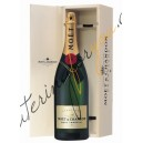MOËT CHANDON IMPERIAL DŘEVĚNÝ BOX 12% 3L
